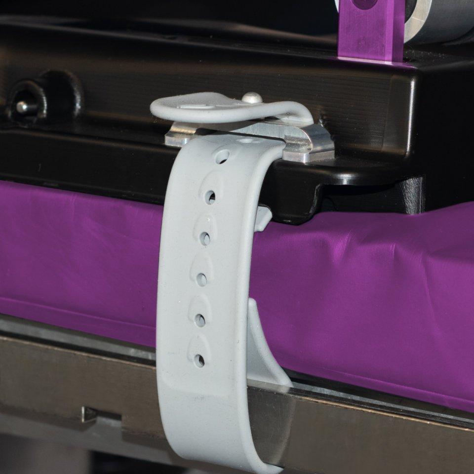 Kyra curve spine frame silicone straps